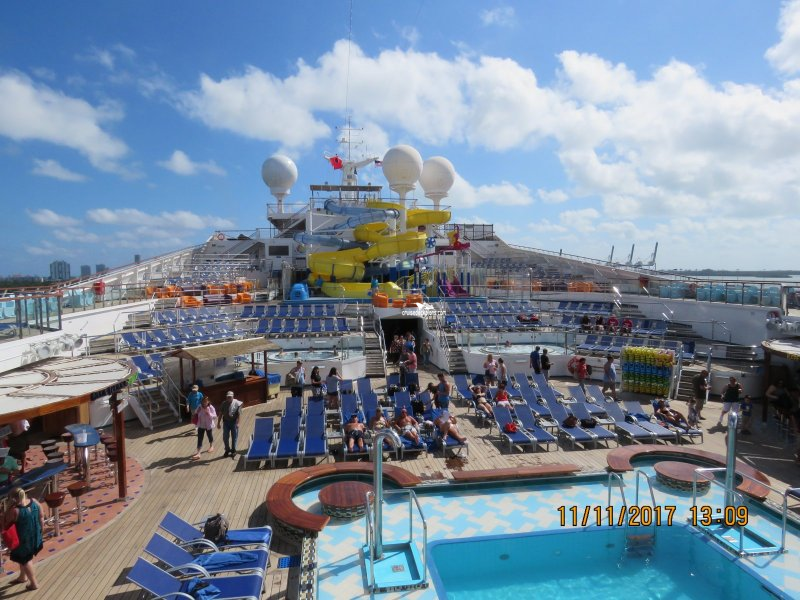 Carnival Glory Main Pool Pictures